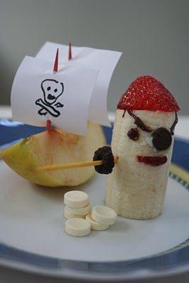 Fun Food Kids fruits obst healthy gesund Jake and the Neverland Pirate sea meer ocean sailor Matrose Banana banane apfel apple snack