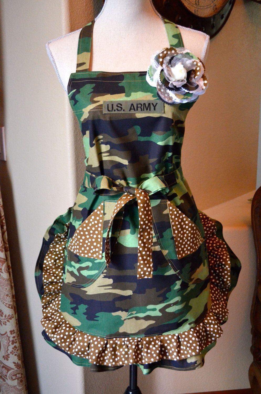 Cutest apron ever tabliers serviettes et accessoires en tissu pinterest motif gu pard for Patron tablier original femme asnieres sur seine