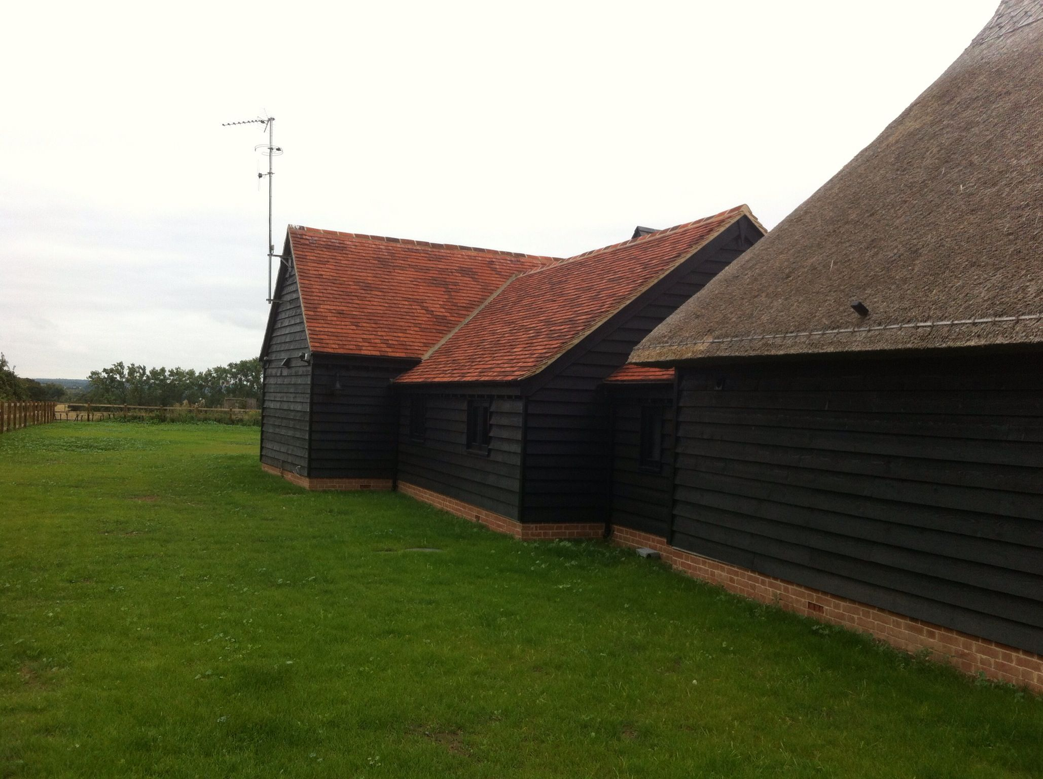 Best Black Weatherboarding Red Roof Red Roof Red Barns Red 400 x 300
