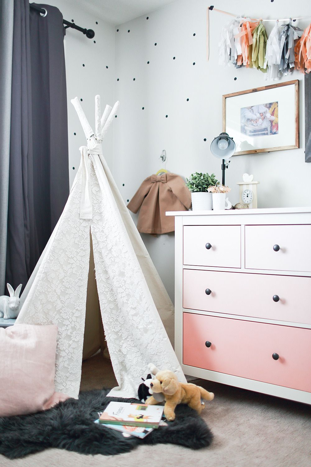 Black Polka Dots On The White Walls Is Such A Unique Idea In This Girls Room