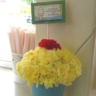 Ice cream flower sundae!
