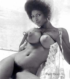 naked-pam-grier-gallery