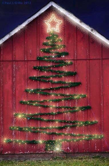 Great Way To Decorate The Exterior Of A Home Garage Or Barn Outdoor Christmas Decorations Christmas Decorations Outdoor Christmas Lights