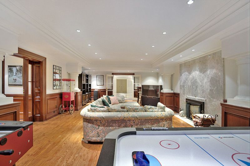 Elegant And Luxurious Home In Toronto, Ontario, Canada