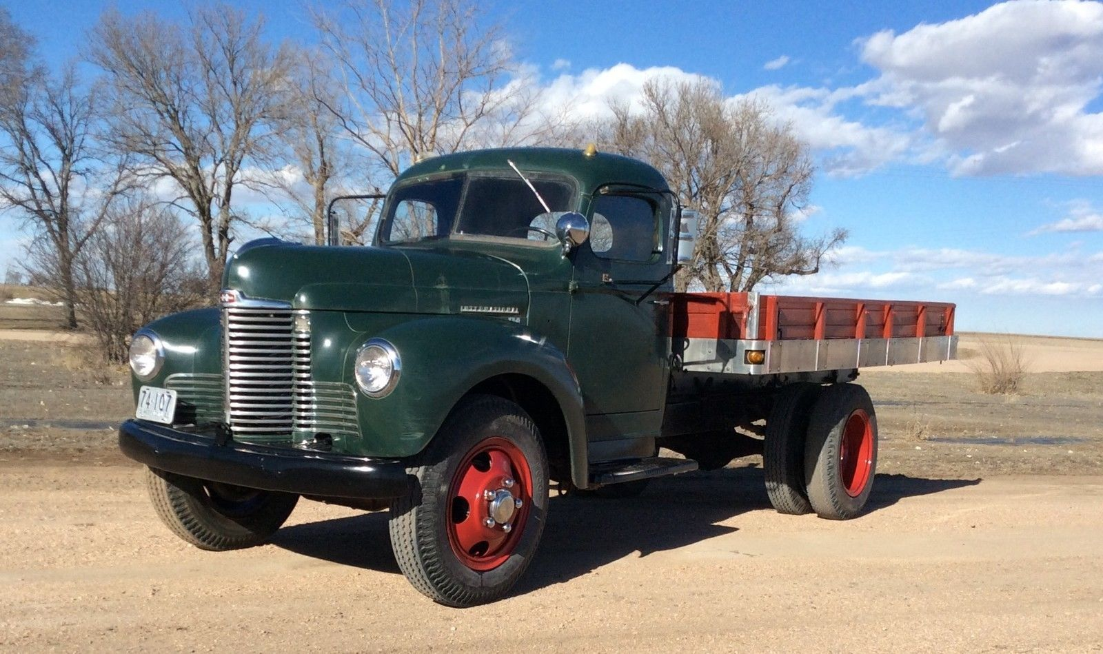 Former farm truck 1948 international flat bed