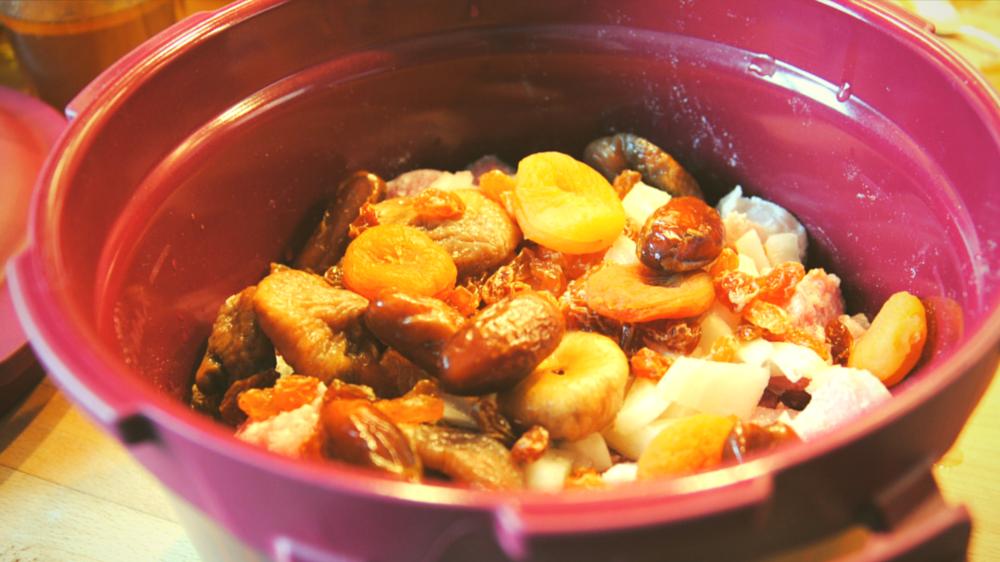Recette la daube de porc avec le micro minute de tupperware porc fruit et tupperware - Cuisiner avec tupperware ...