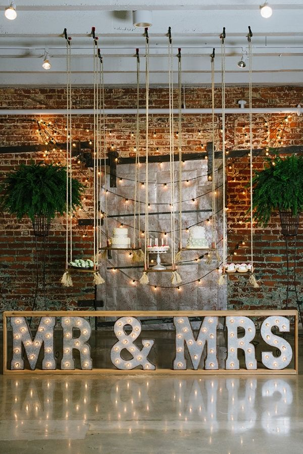 If you've been on the hunt for fresh and modern wedding ideas, you will obsess over this amazing industrial wedding inspiration! There are seriously too many unique and fabulous details to count. I love the hoop 'bouquet'!