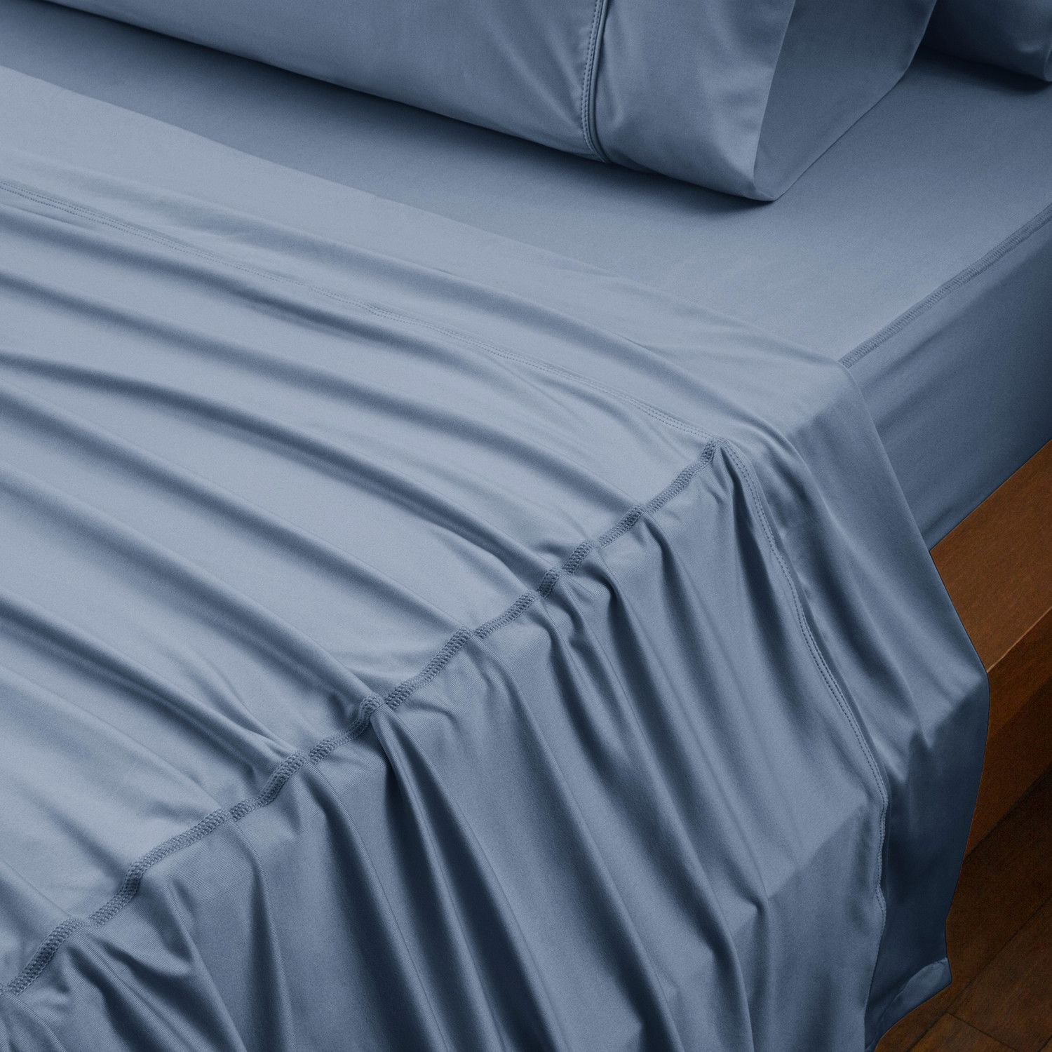 Original Performance Collection Carolina Blue Traditional Bed