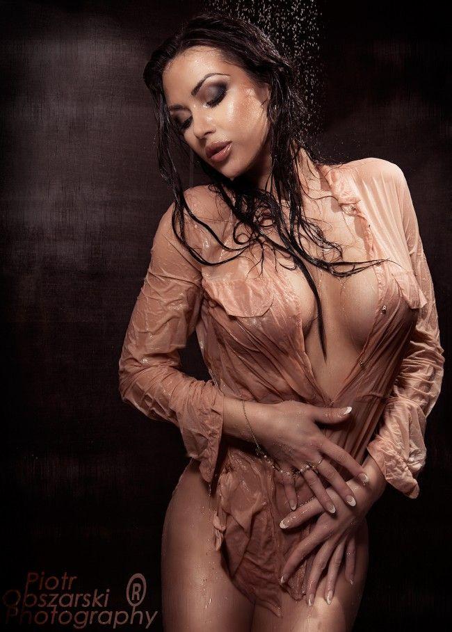 The busty dress wet