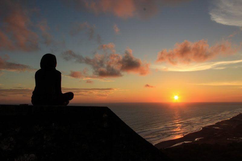 Baru 30 Gambar Keren Sunset 110 Kata Kata Senja Yang Indah Romantis Dan Keren Buat Caption Download S Di 2020 Fotografi Matahari Terbit Pemandangan Fotografi Alam