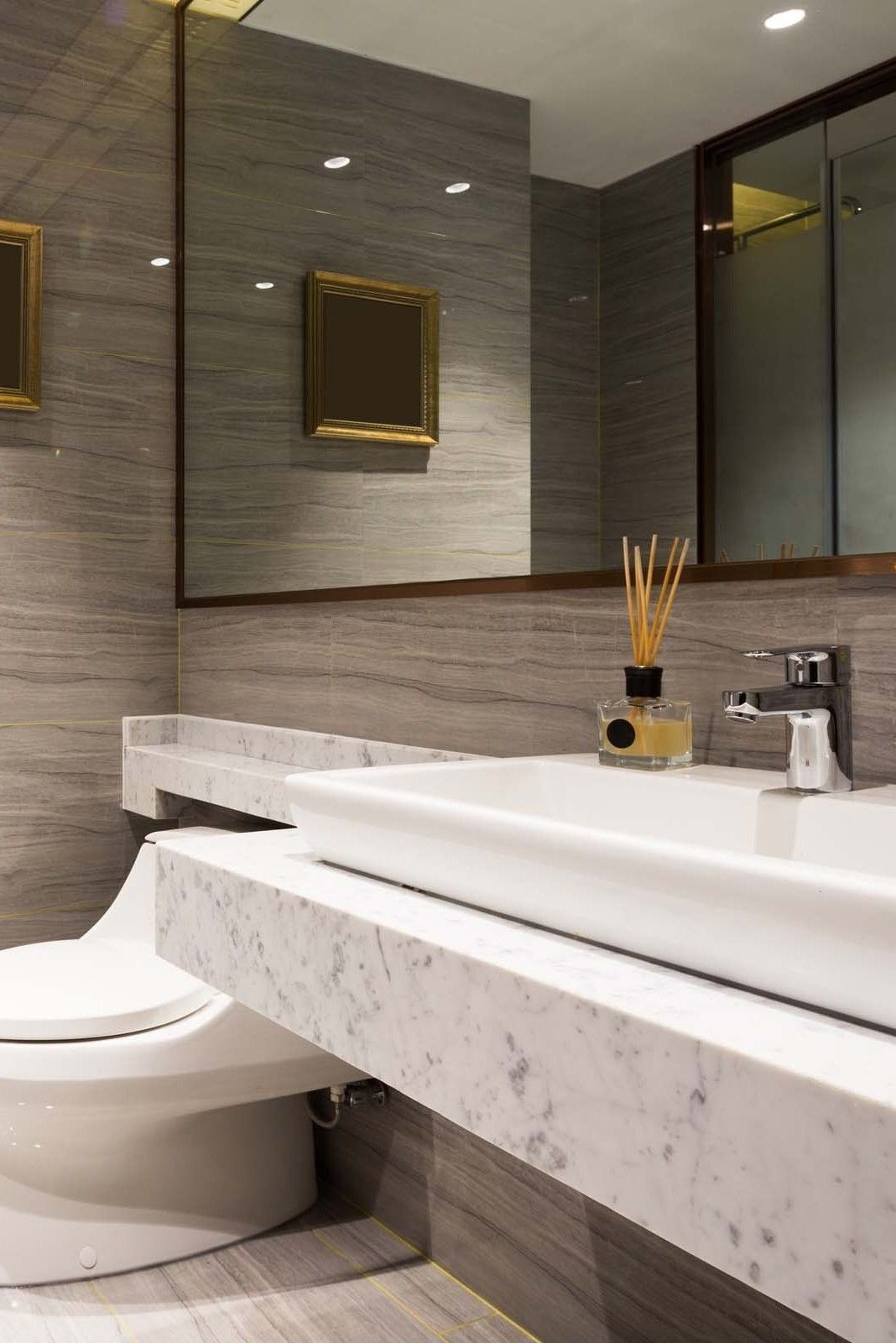 Vanities Cabinets Remodel Sink Cabinets Faucets Renovations Countertops Furniture Fixtures Small Modern Minimalist Luxury Walls Marble Quartz Di 2020
