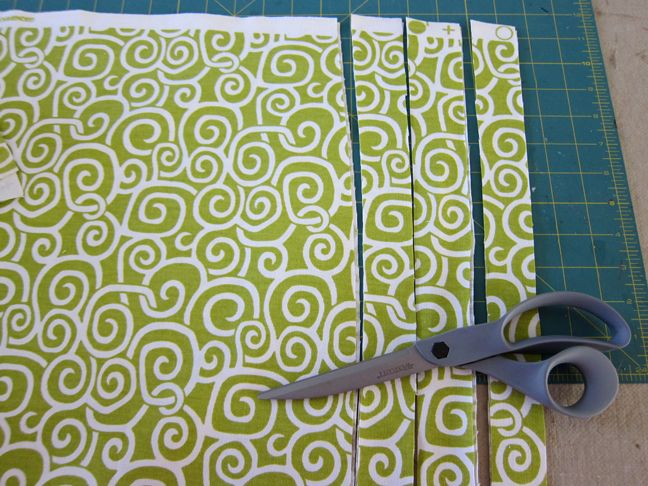 Kristi look so cute: DIY Window no-sew window valence.  I could see using longer strips of an inexpensive graphic IKEA-type fabric to make a spiffy window border for my classroom