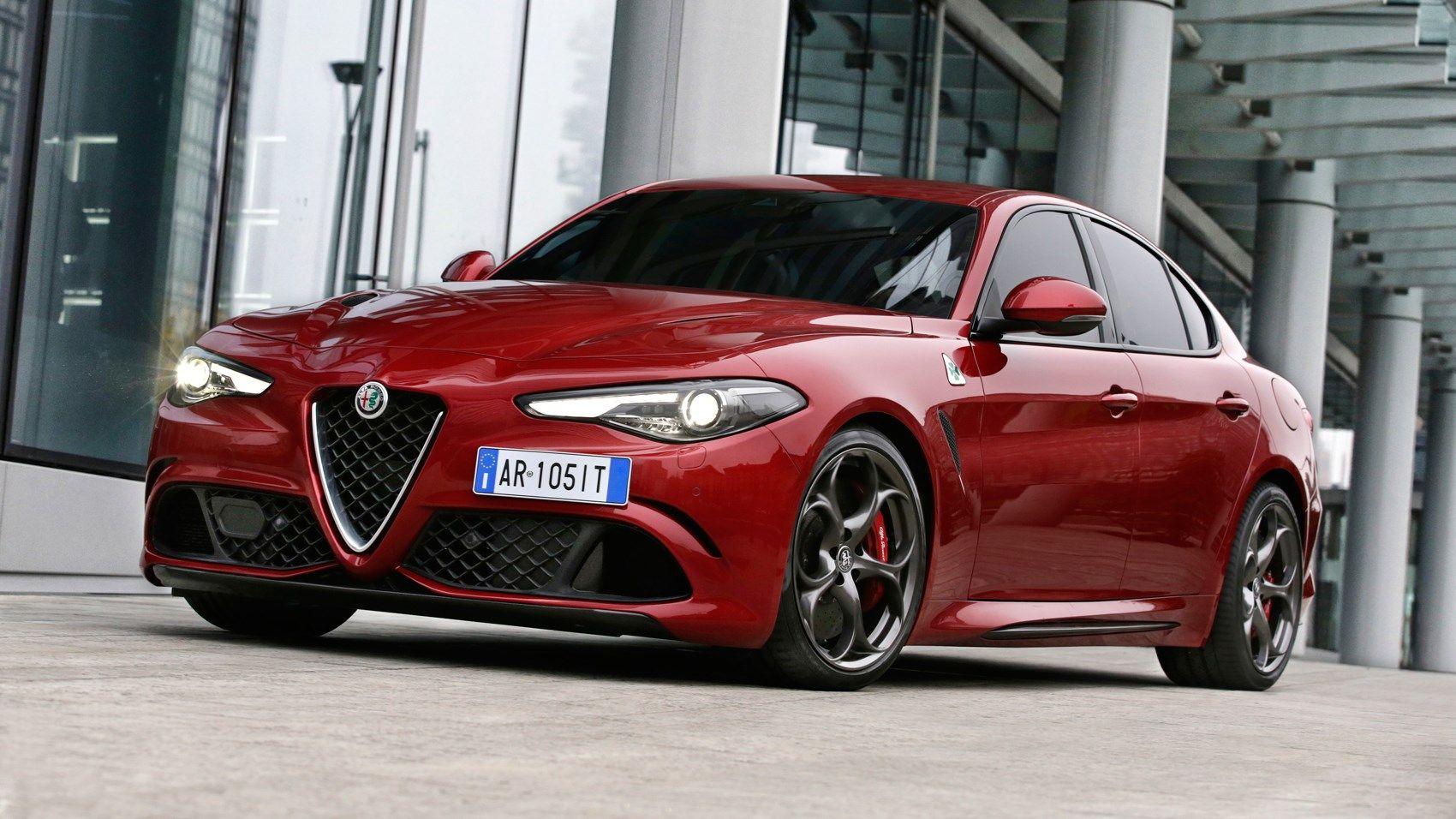Alfa Romeo Giulia Quadrifoglio 2019 Review Racing Version Driven Alfa Romeo Giulia Quadrifoglio Alfa Romeo Giulia Alfa Romeo