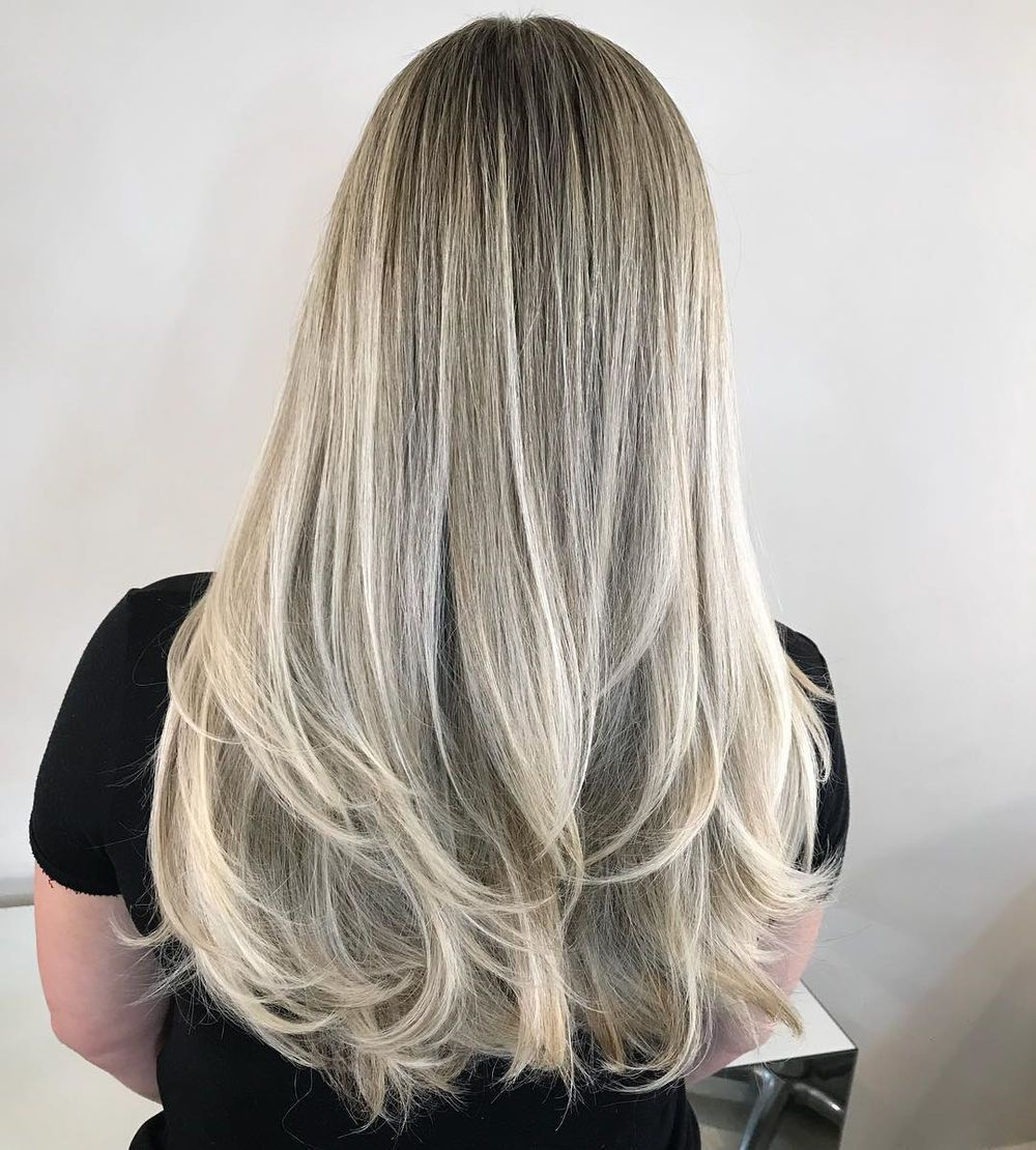 50 Pretty Ideas Of Silver Highlights To Try Asap Hair Adviser In 2020 Hair Highlights Silver Blonde Silver Blonde Hair