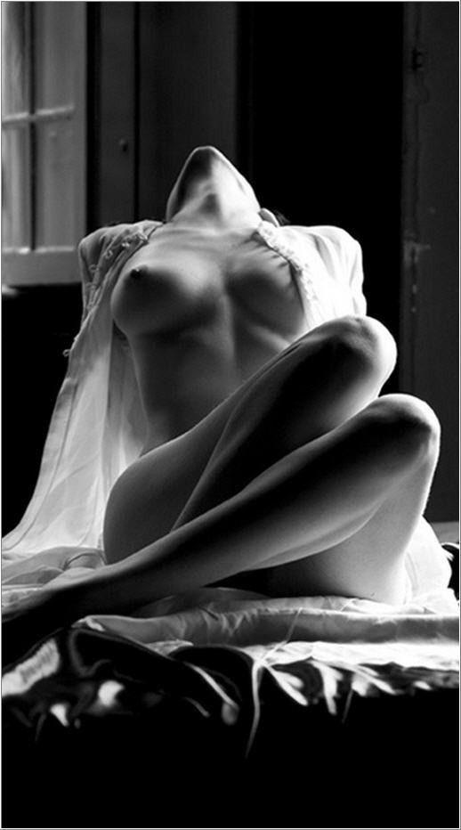 sexy black and white pics