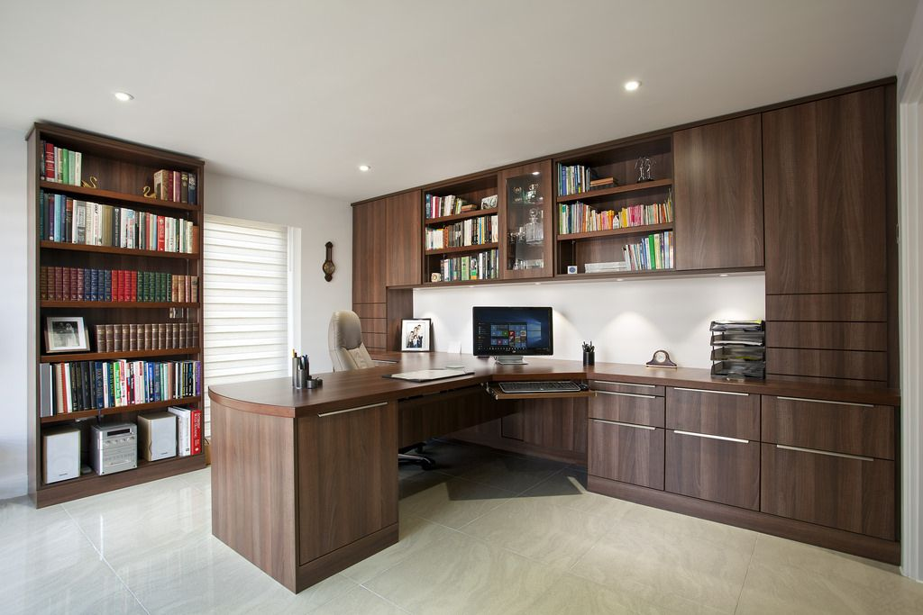 Contemporary oak office 1000 with under cupboard lighting