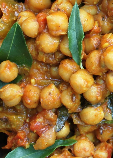 Scrumpdillyicious: Chana Masala: A Delicious Indian Chickpea Curry ...