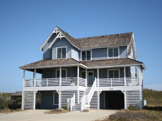 Step Over Our Rolling Sand Dune And The Breathtaking Atlantic Ocean Beckons You To Clean Beaches There Are No Fees To Park Sunbathe An Outer Banks Vacation Rentals Outer Banks Vacation