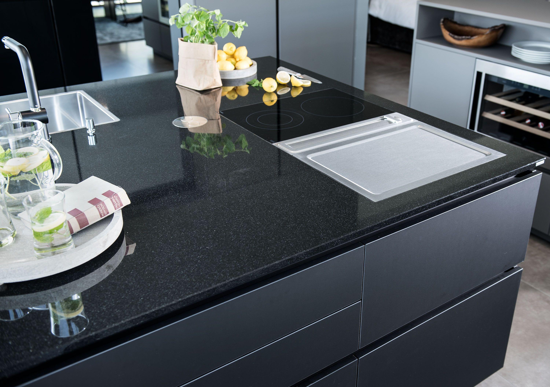 Nero Assoluto Von Strasser Steine Arbeitsplatte Kuche Kuche Kuche Farbe