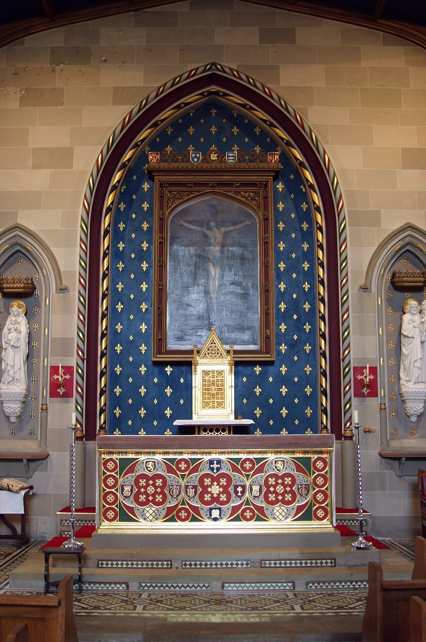 Inside Ss Peter And Paul Newport Designed By Augustus Pugin  # Augustus Pugin Muebles
