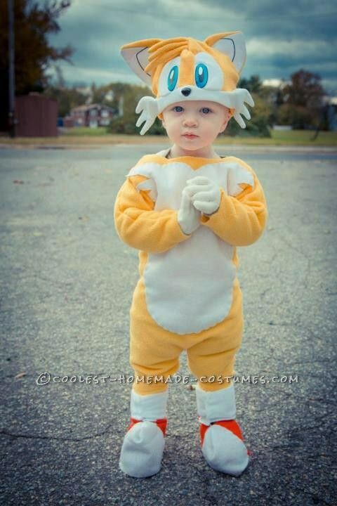 Cutest Sonic And Tails Homemade Costume Homemade Costume Sonic Costume Sonic The Hedgehog Costume