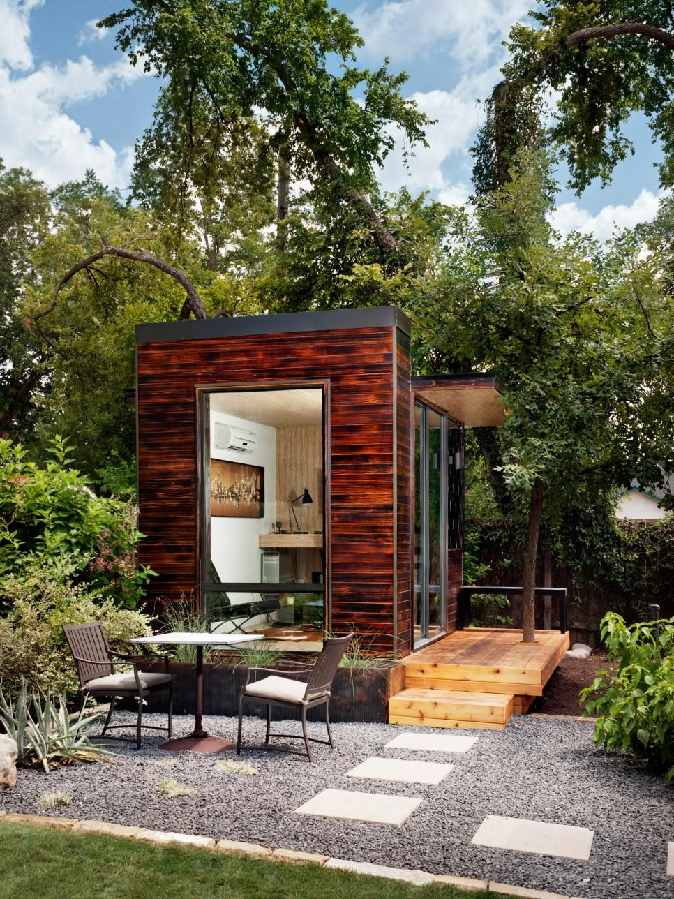 tiny backyard home office with deck and table backyard cafe