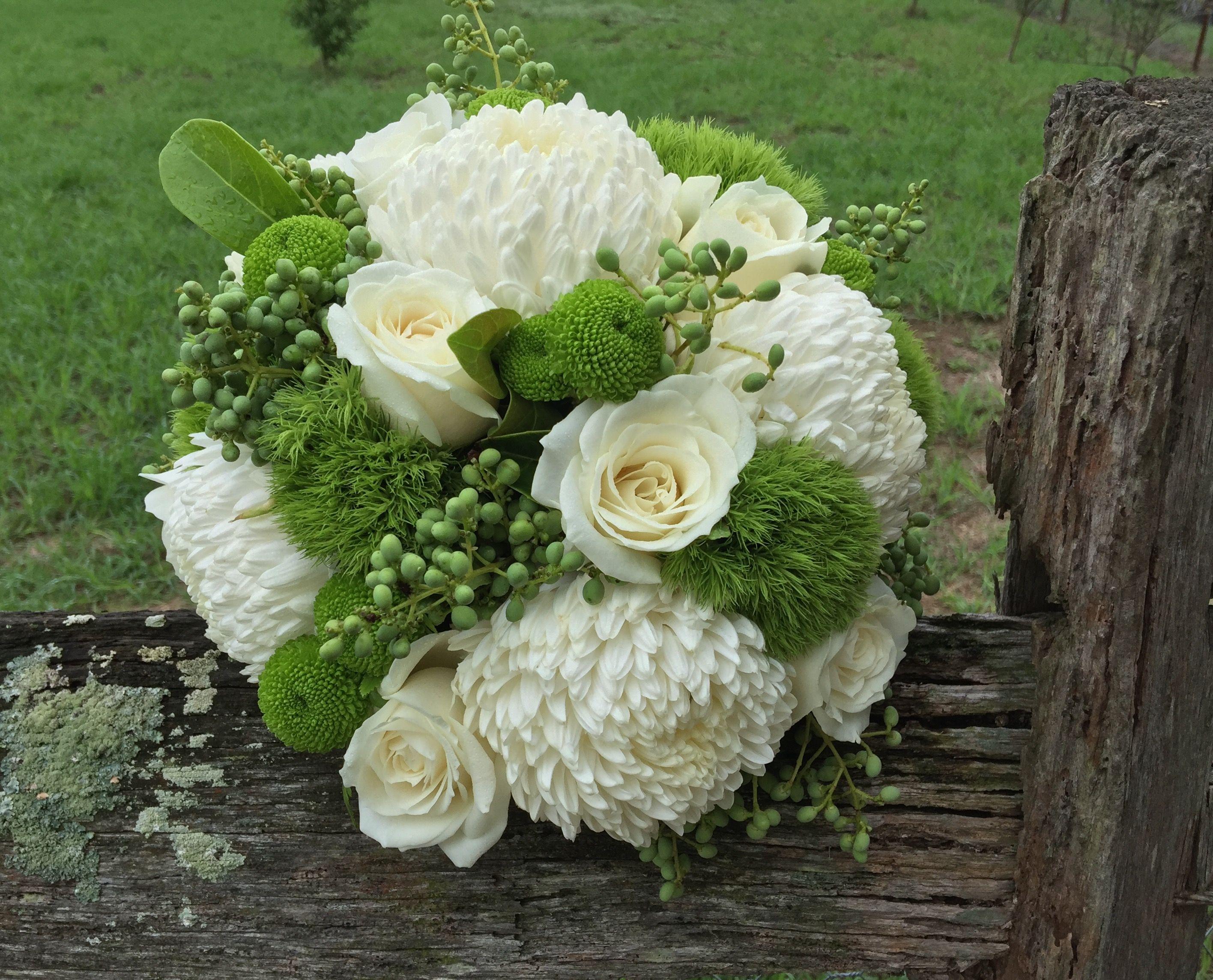 Bouquet Of Discbuds Trix Roses Provet And Button Chrys Bouquet