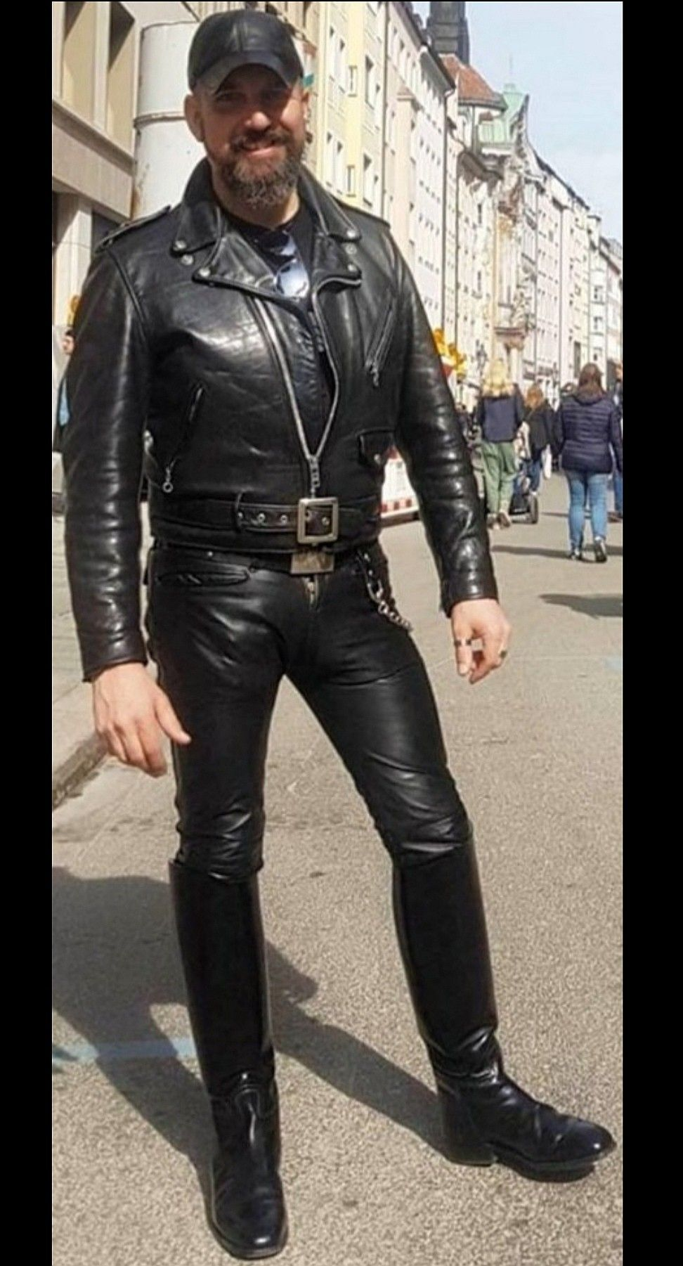 Pin By Marcus Morisson On Men In Uniform Tight Leather Pants Mens Leather Clothing Leather Motorcycle Jacket [ 1801 x 972 Pixel ]