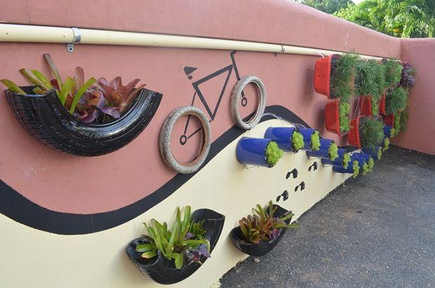 30 Garden Junk Ideas How To Create Unique Garden Art From Junk Unique Garden Art Garden Art Projects Garden Junk