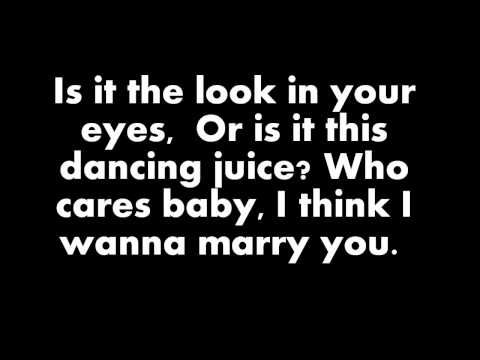 A Song You Want To Play At Your Wedding Bruno Mars Marry You This Has To Be The Intro Song For My Wedding L Bruno Mars Songs Yours Lyrics Lyrics