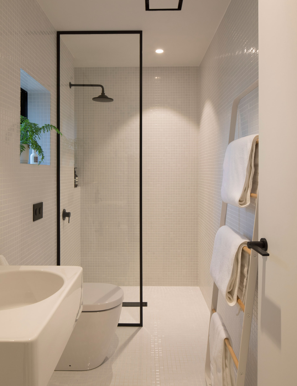 Photo of How minimalist design took this small bathroom to the next level