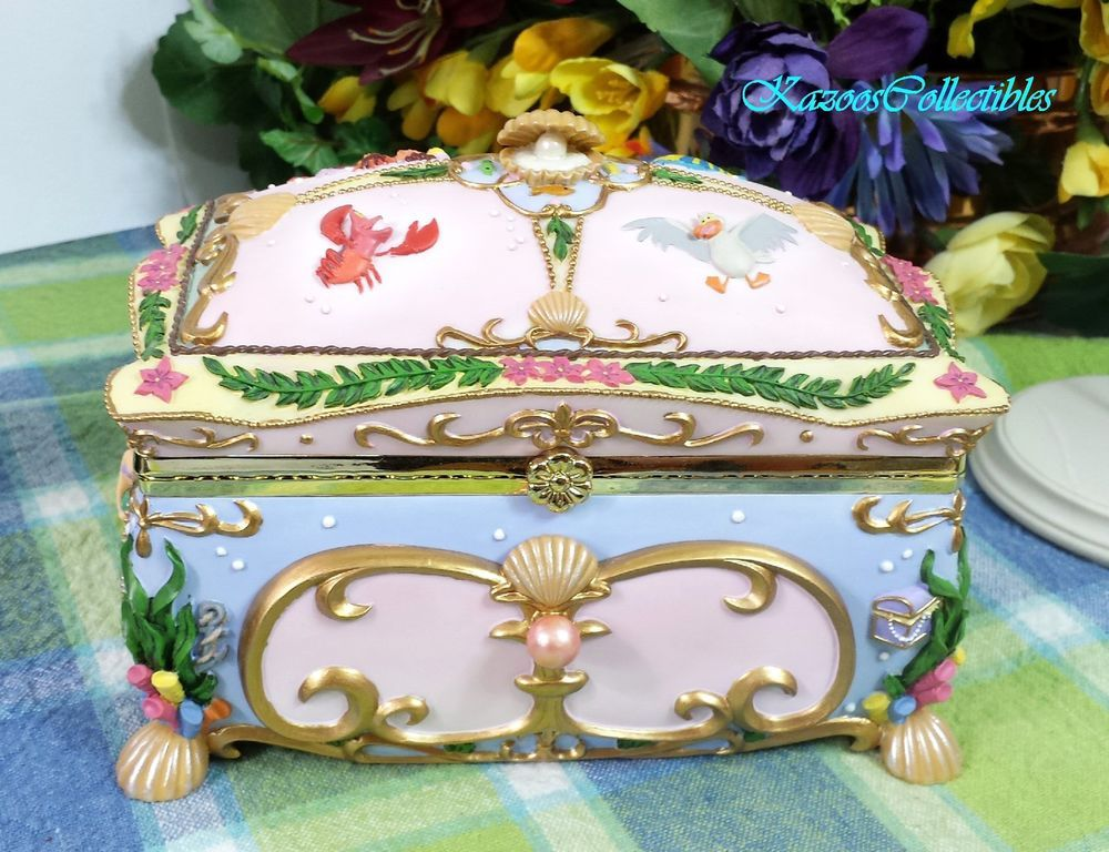 Disney The Little Mermaid Ariel Deluxe Music Box Princess Trinket