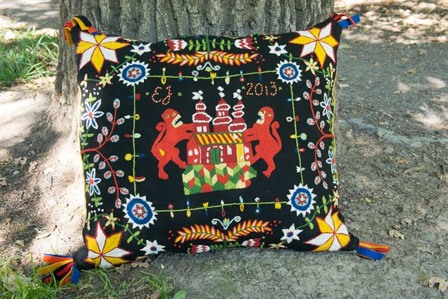 Traditional woolen embroidery from Sweden, my own design
