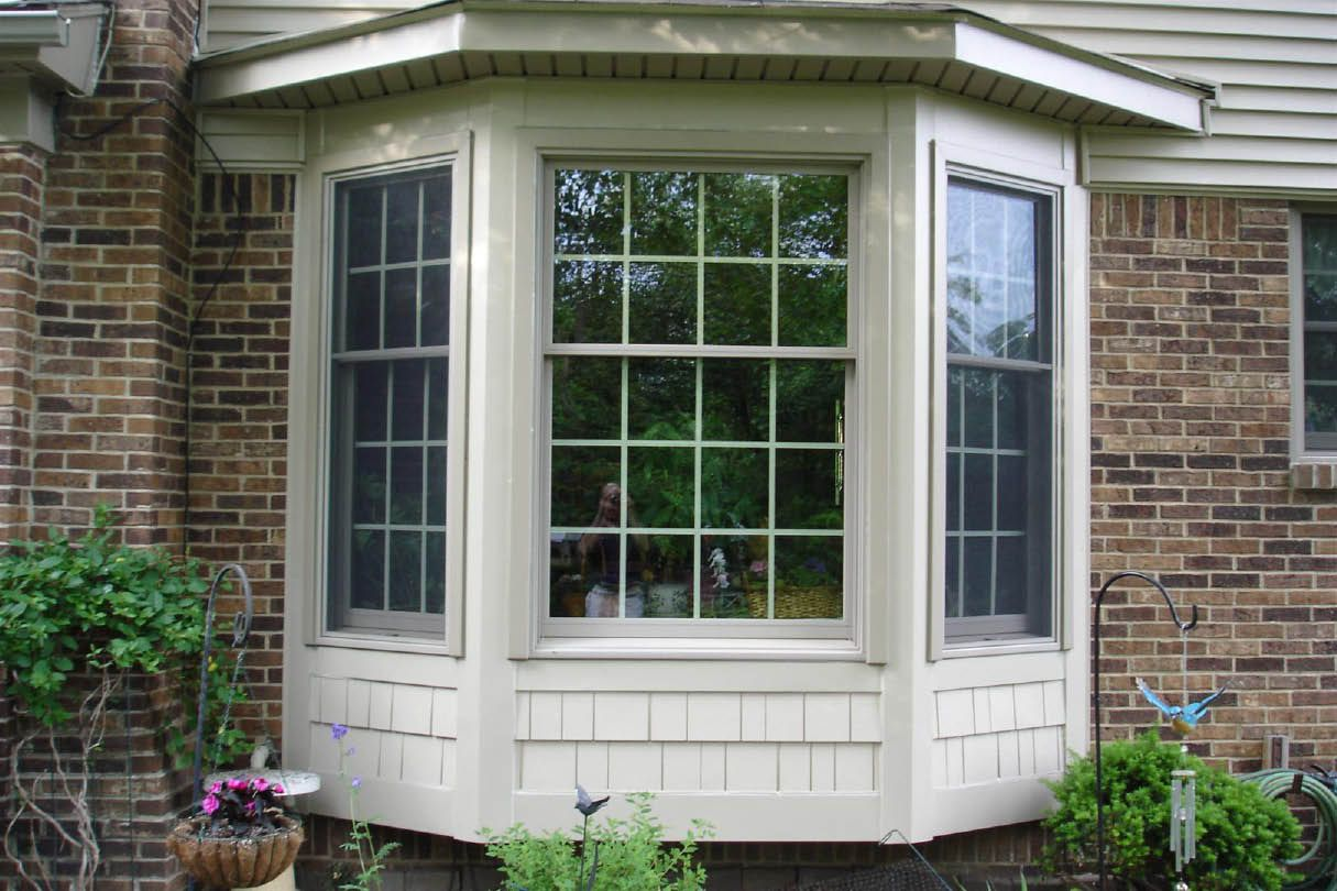 Bay Window Siding Options Beautiful Vinyl Bay Window From Sun Home Improvement Bay Window Exterior Windows Exterior Window Trim Exterior