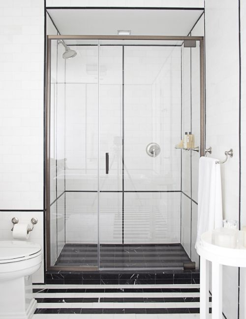 Hearst Magazine Cinema Style Bathroom Design Black Bathroom Bathroom Interior