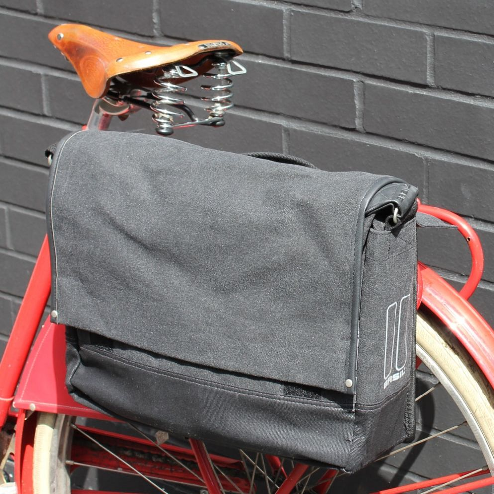 9214c0378210 Basil Urban Fold Messenger Bike Pannier Charcoal