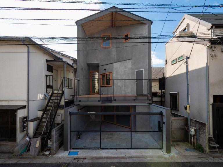 ファサード 外観 家 戸建て 3階建て エキップ リノベーション