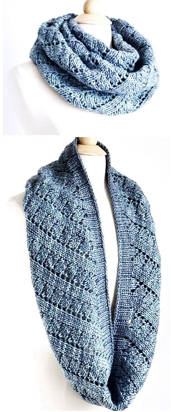 Ascend Cowl Knitting pattern by Robin Ulrich   Knitting Patterns   LoveKnitting #golasdetrico