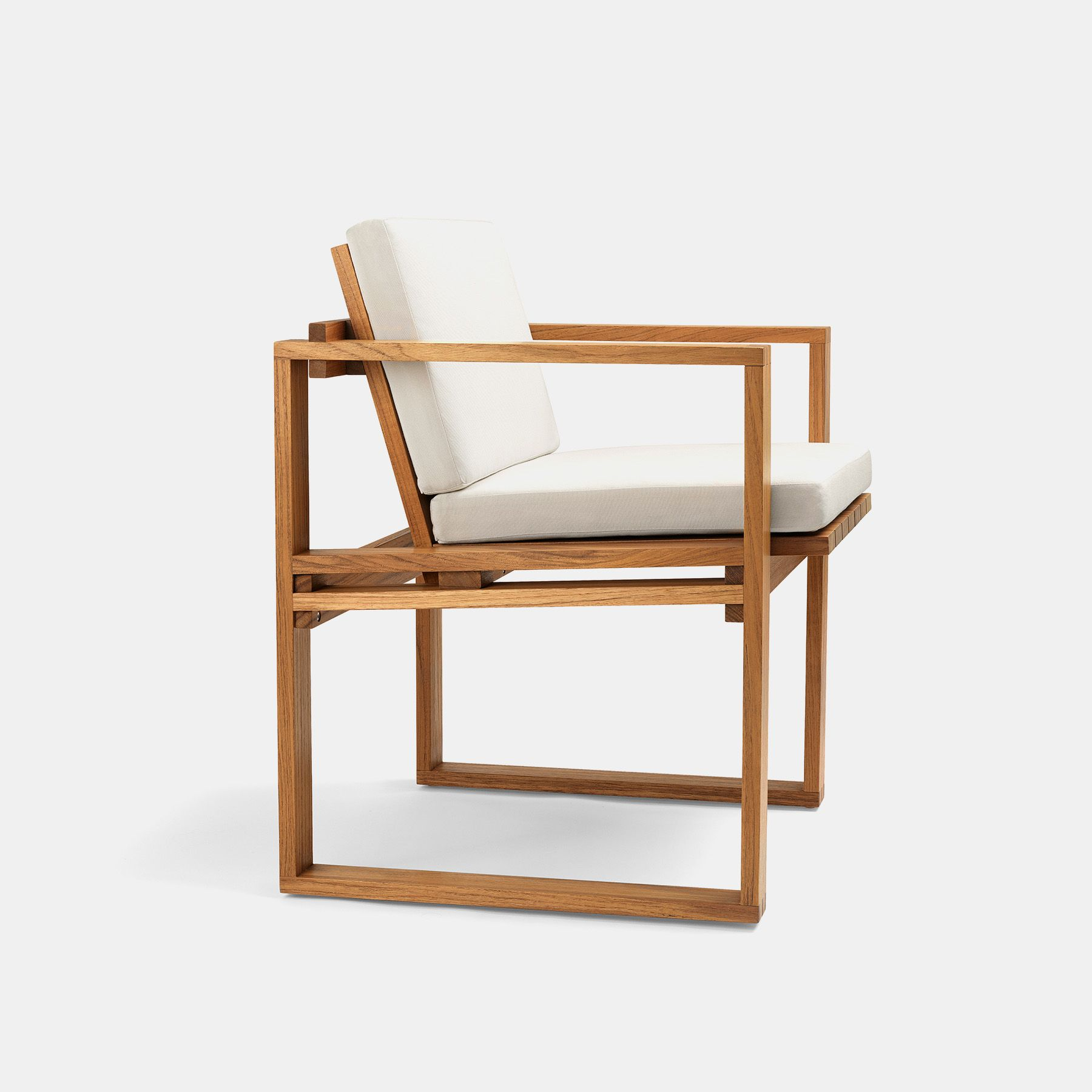 Bodilkjaer Indooroutdoordiningchairupholstered Packshot Furniture Furniture Design Furniture Details
