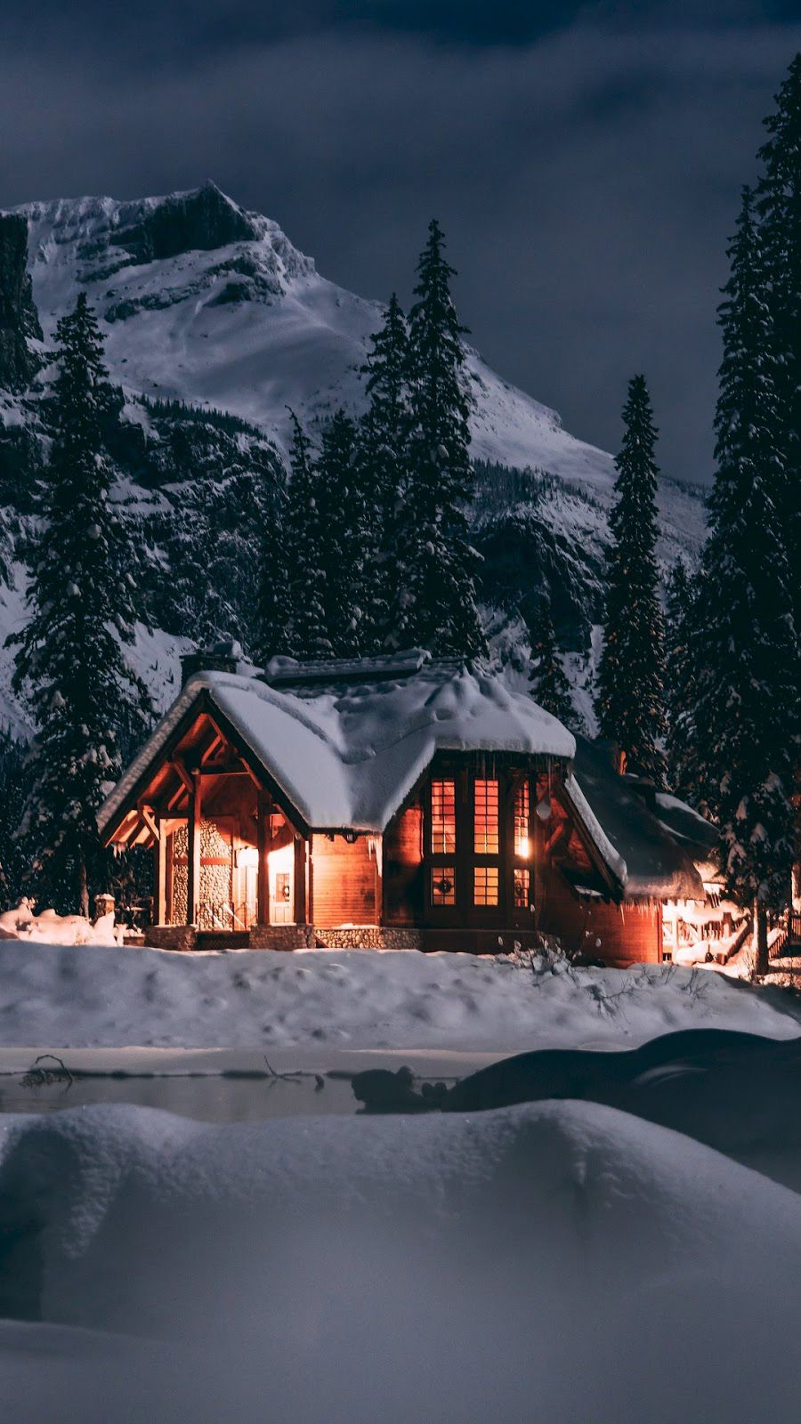 Mountain Wallpapers Free Download Best Mountain Wallpapers For Mobile 16 In 2020 House Mountain Wallpaper Winter Aesthetic