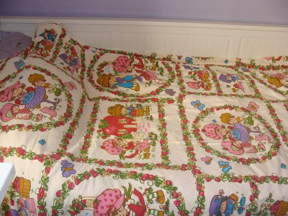 Strawberry Shortcake Vintage Coverlet  Double by ElodieVintageHome, $45.00