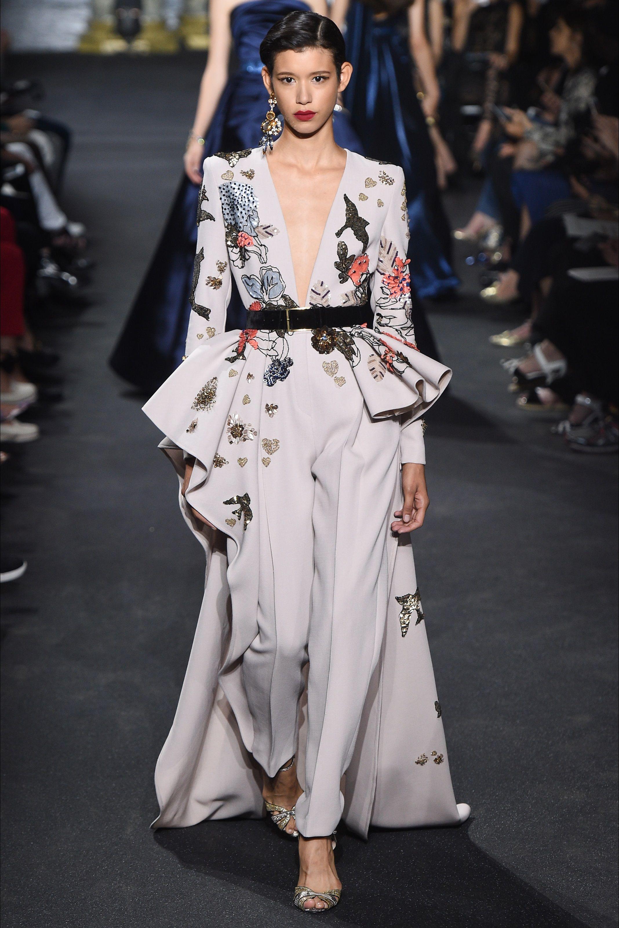 0b429210631e Sfilata Elie Saab Parigi - Alta Moda Autunno-Inverno 2016-17 - Vogue ...