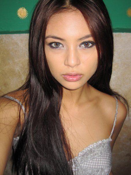 Reality Tv Star Filipina Actress Sam Pinto  Filipina -5710
