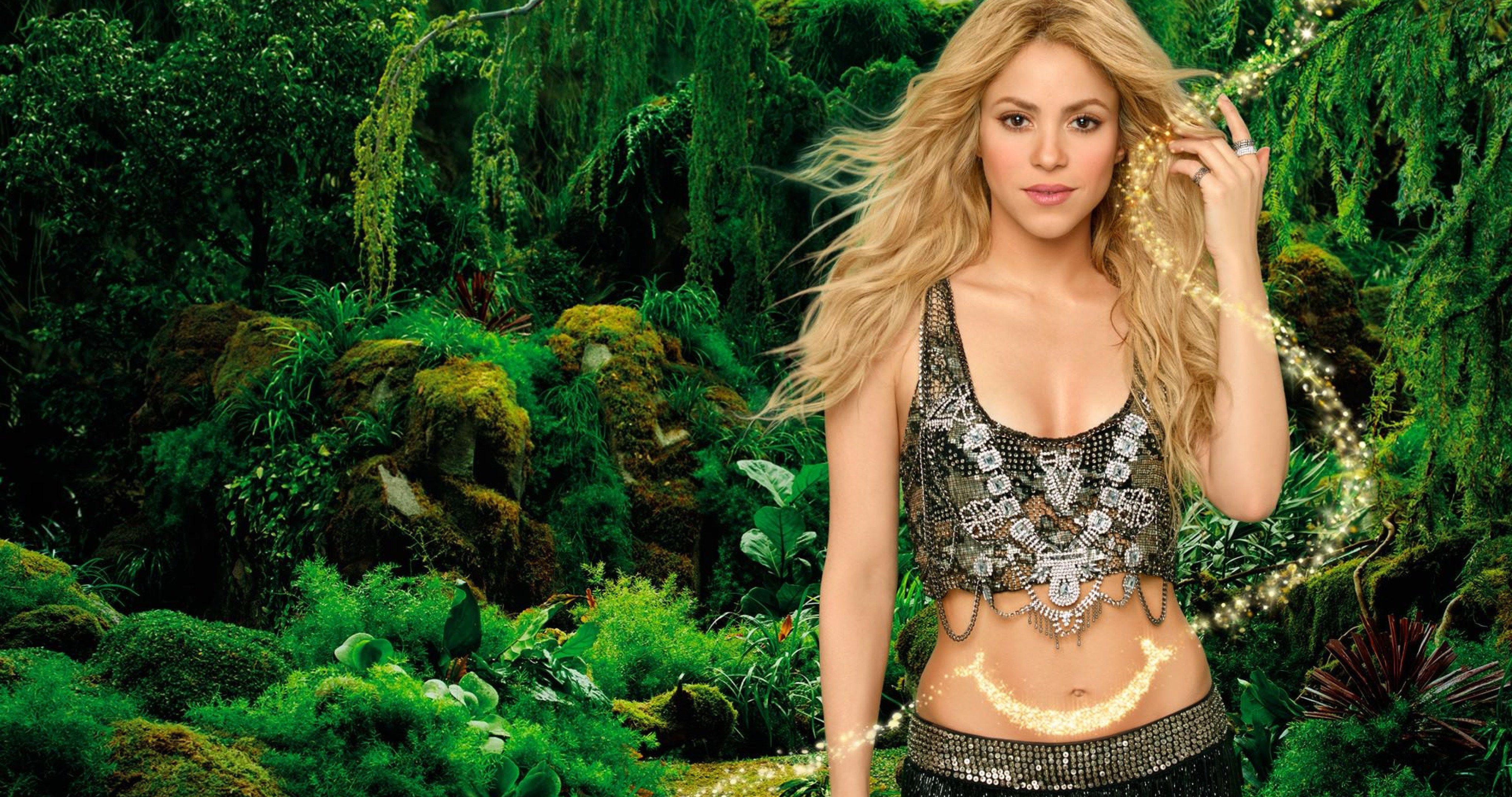 Shakira Singer Blonde 4k Ultra Hd Wallpaper Shakira Style Shakira 10 Most Beautiful Women