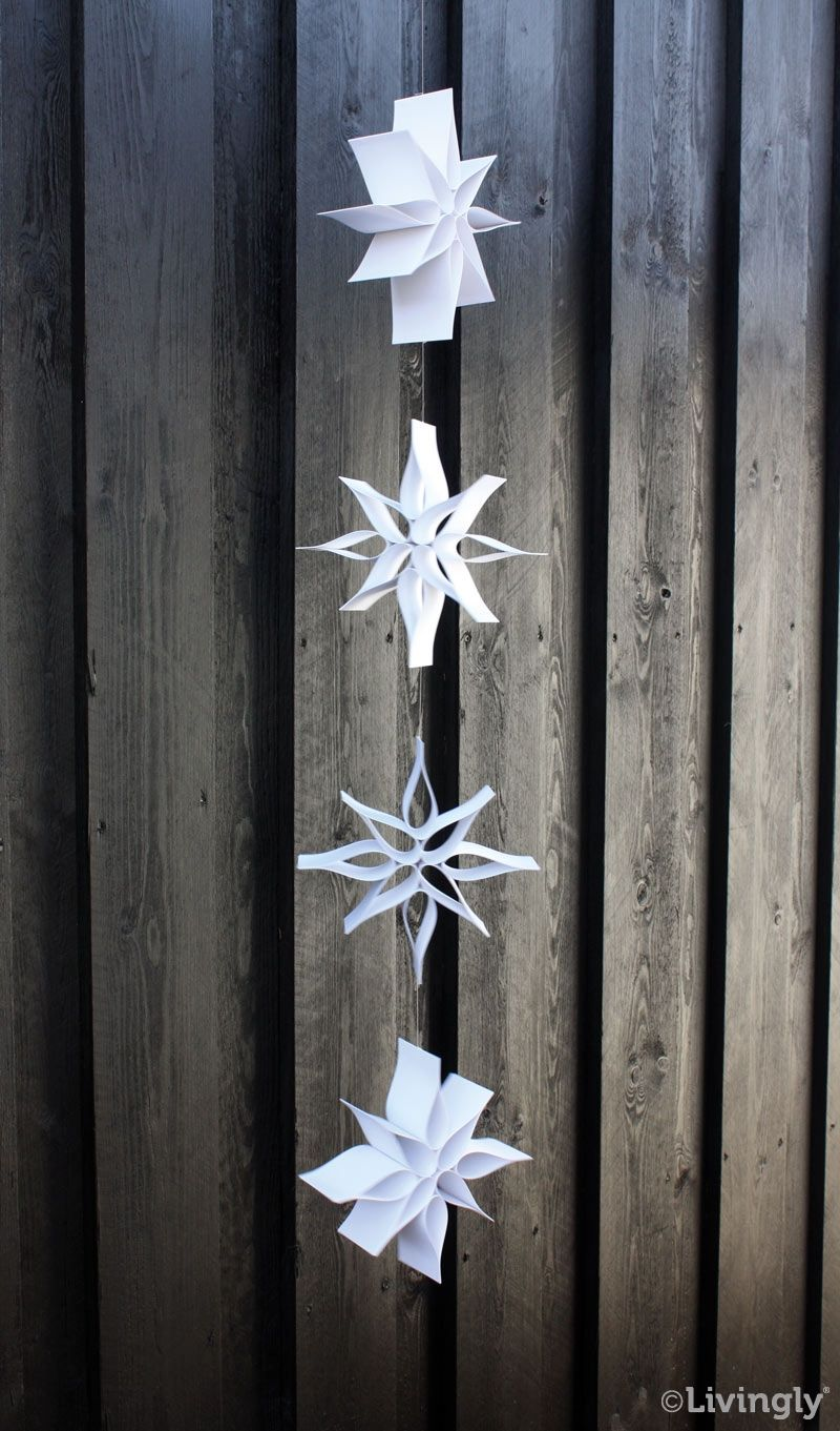 70f61c720c2 Uro'er, mobiler og kort. Dansk design og kunsthåndværk i papir og træ.