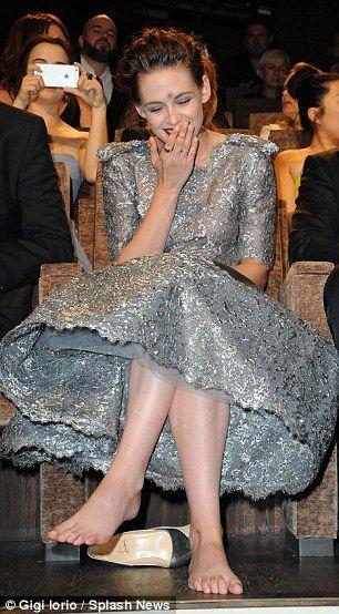 Female Celebrities Beautiful Bare Soles N' Feet - Home ...