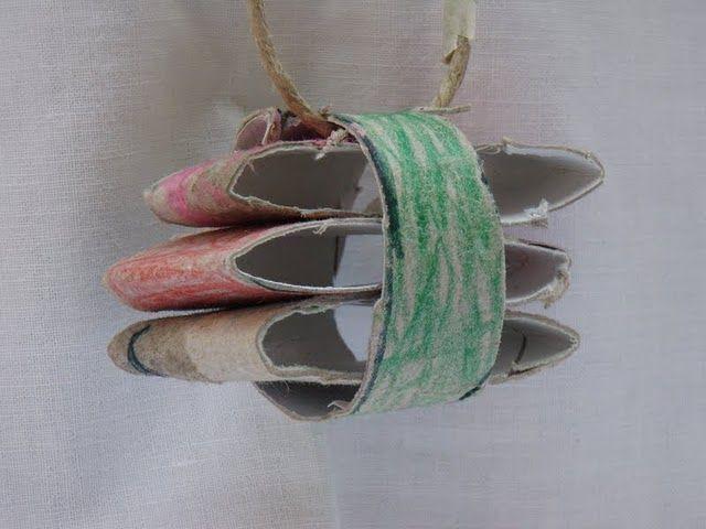 collana con pendente - rotolo carta igienica