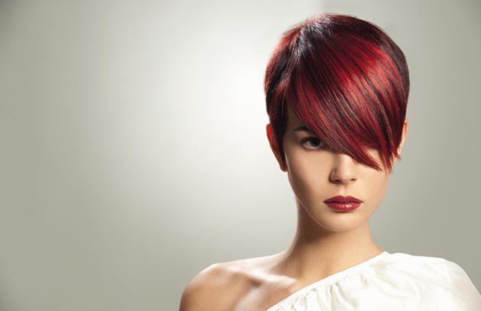 Tagli capelli corti rossi 2017