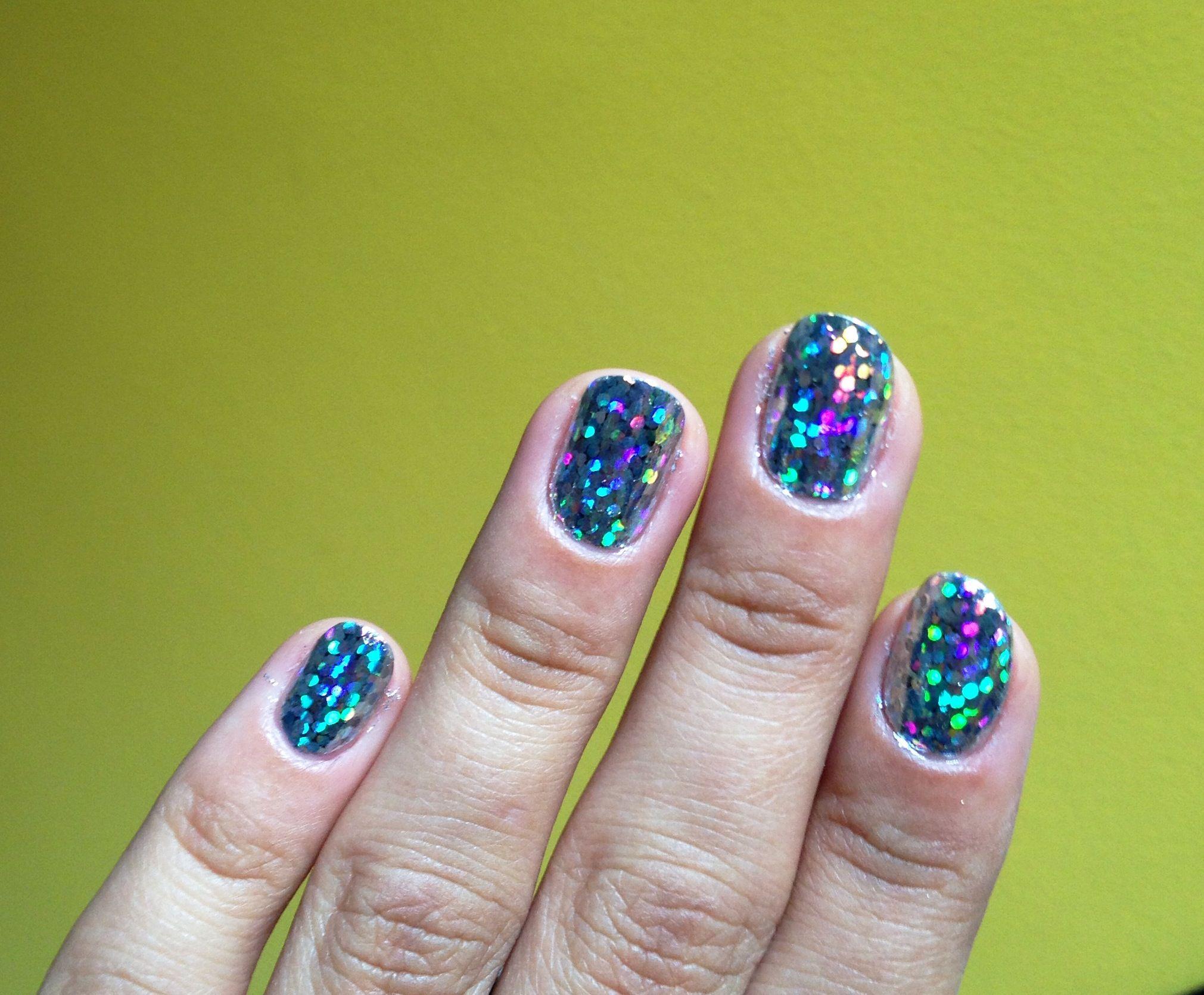 Nails nail foil holo hologram confetti silver colors disco ball ...