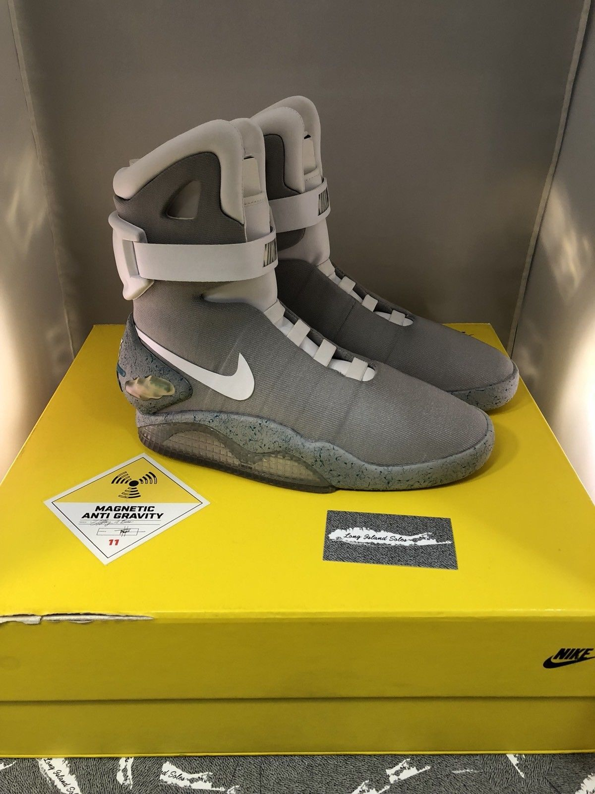 Brand New Nike Air Mag 2011 With Flux Capacitor Watch Back To The